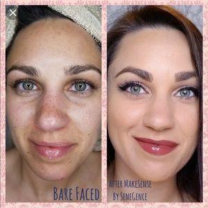 SeneGence Makeup - Makesense foundation in Dewy